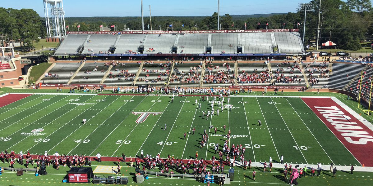 Troy gets out with 31-29 win over Eastern Kentucky