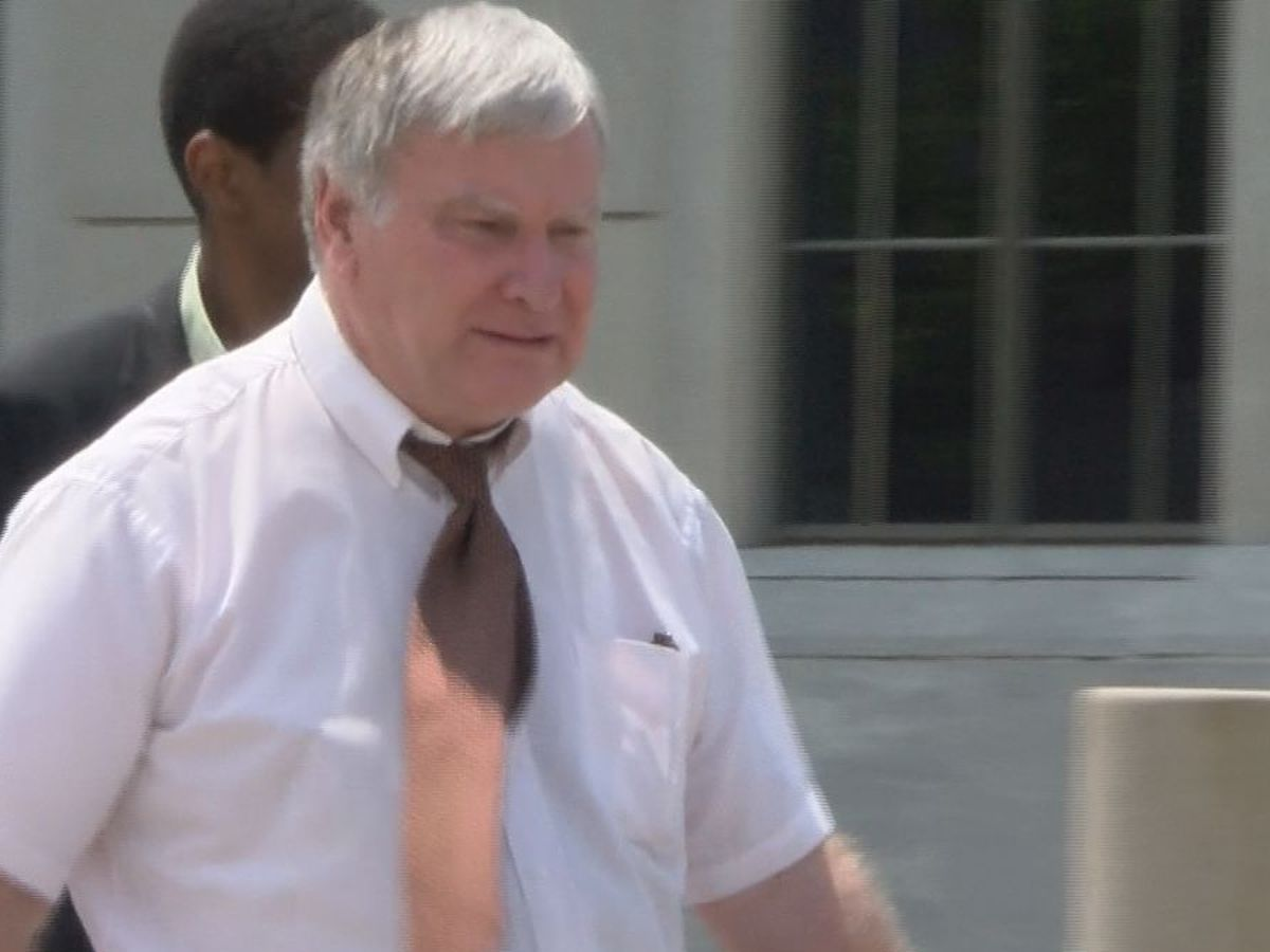 Psychiatrist charged in Lee County pill mill investigation arraigned on new counts