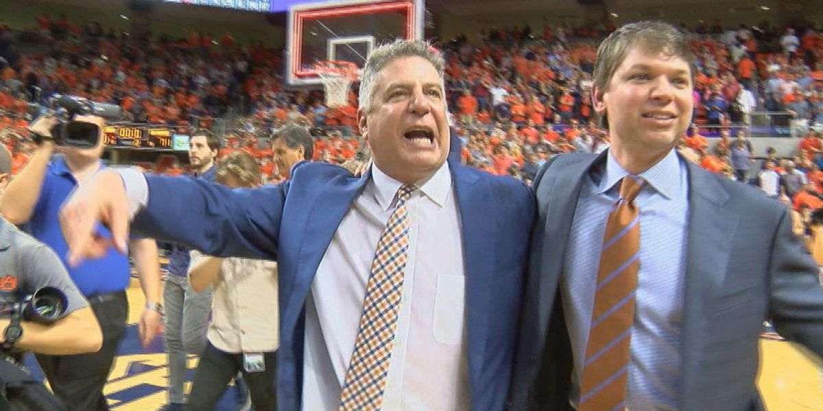 Bruce Pearl named semifinalist for National Coach of the Year