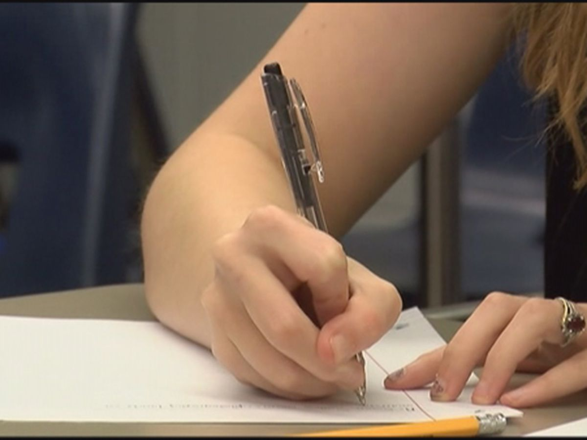 State report card shows slight improvements in Ala. schools