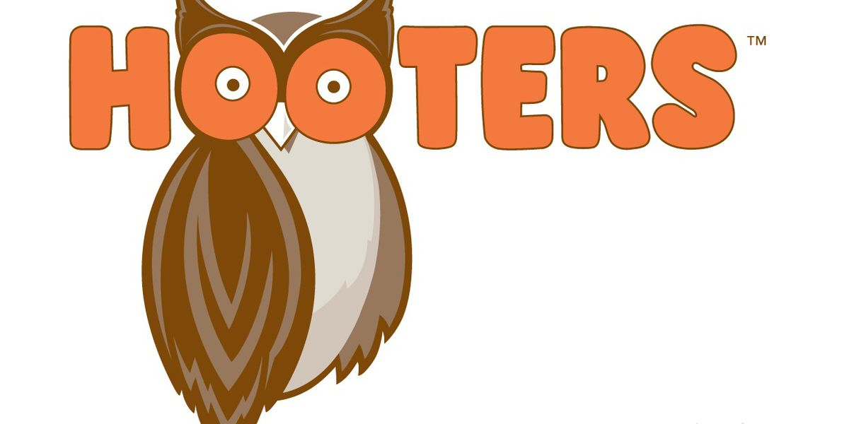 Hooters offering free wings on Valentine's Day