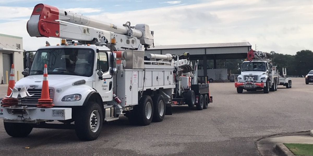 Linemen from Alabama hard at work helping with hurricane recovery