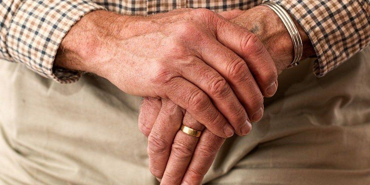 Dothan senior living facility helps saves failing senior center