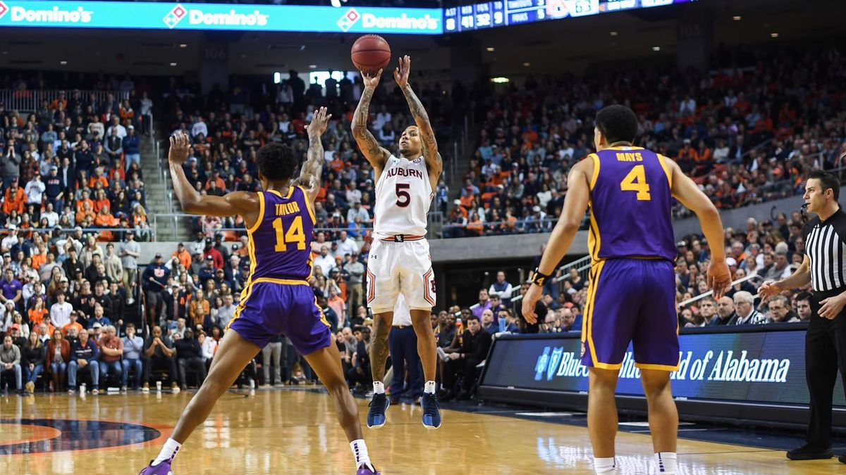McCormick's floater wins it for No. 11 Auburn in OT over No. 18 LSU
