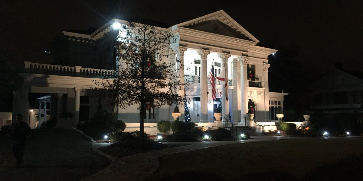 Candlelight tours return to Governor's Mansion in December