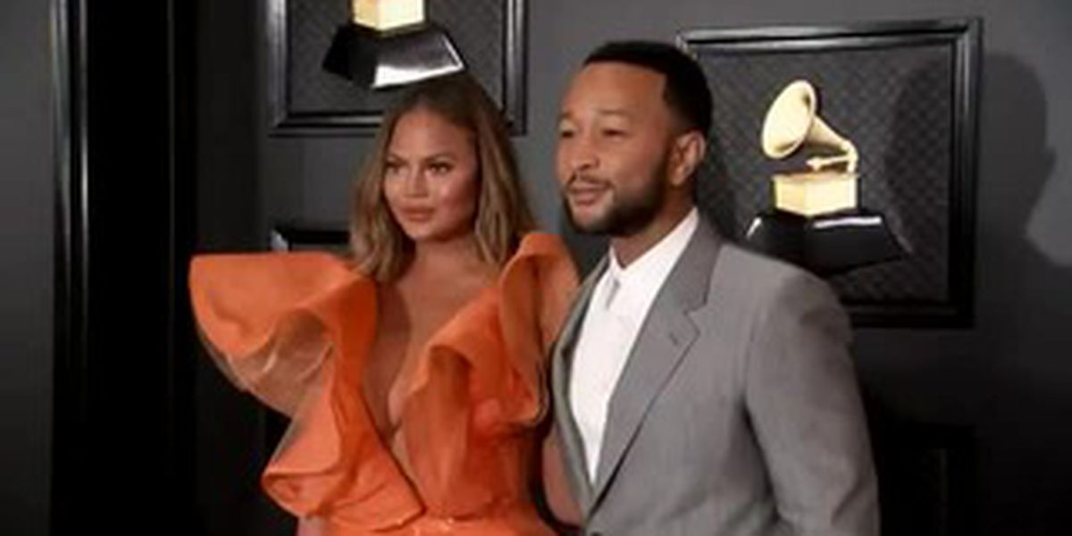 Chrissy Teigen buys supplies for teacher wish lists