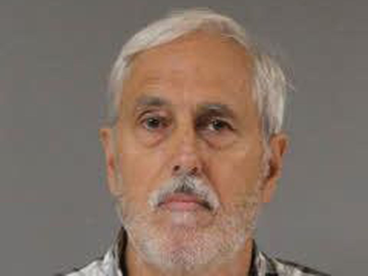 $525,000 bond set for mattress store owner charged with sex abuse