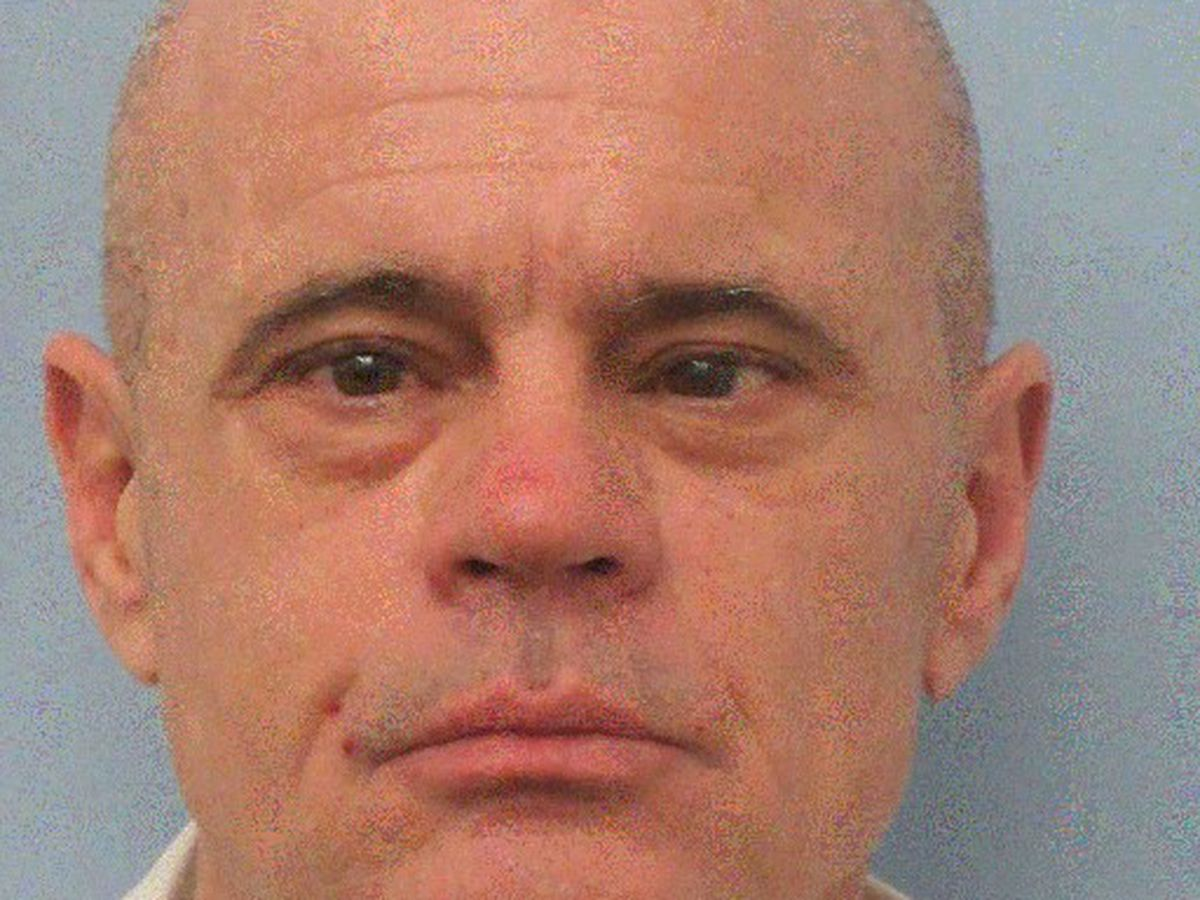 Inmate sought after escape from Mobile facility