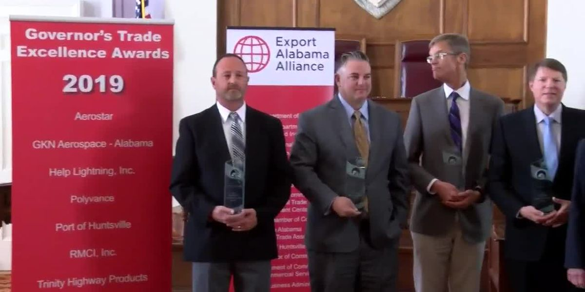 Governor recognizes leading companies in international trade