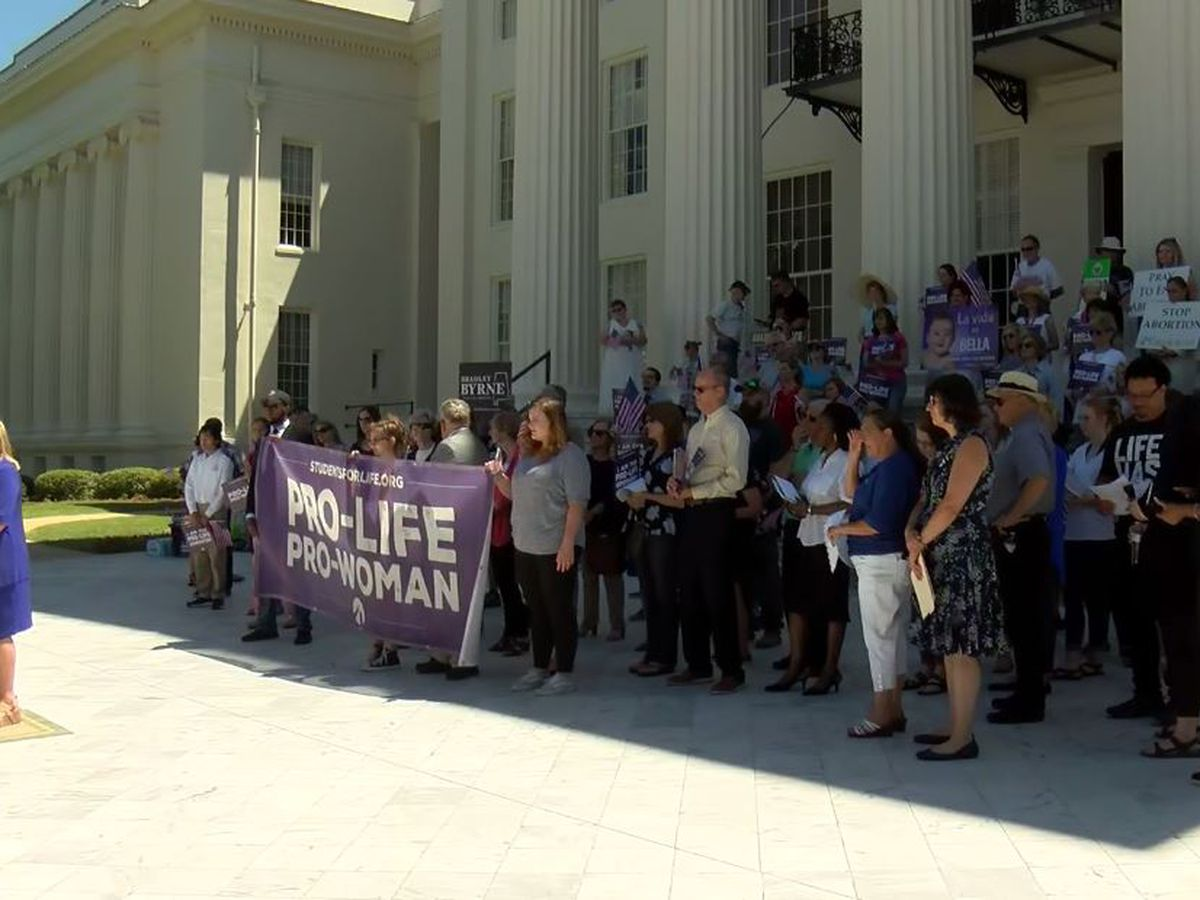 Anti-abortion rally held at Alabama Capitol, 1 arrested