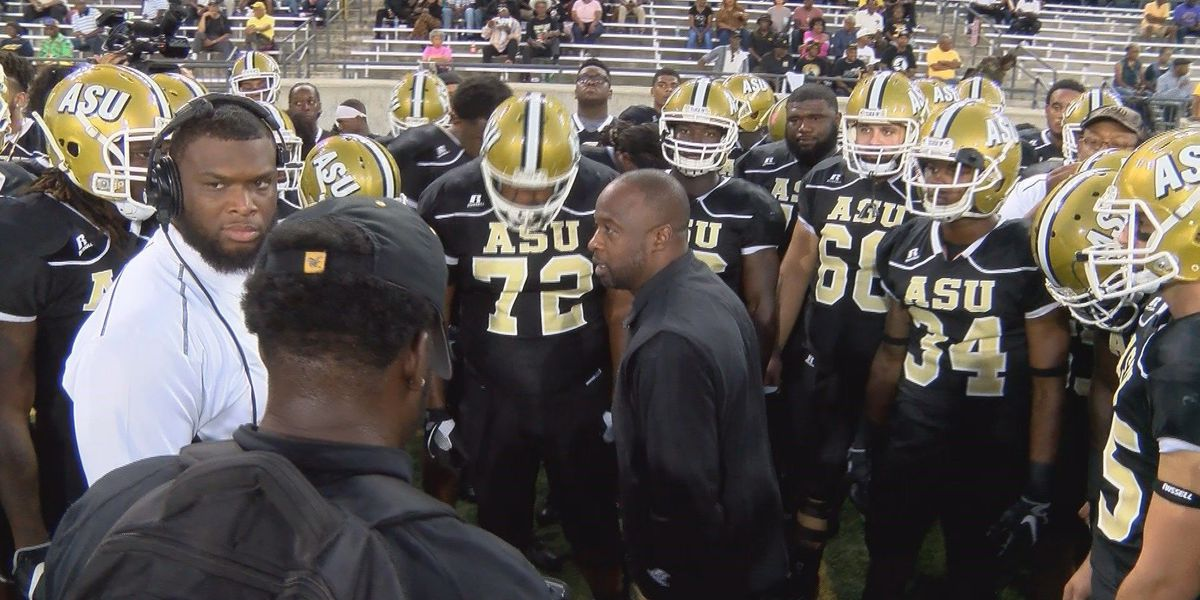 Footman's 3 TDs lead Alcorn State by Alabama State 24-10
