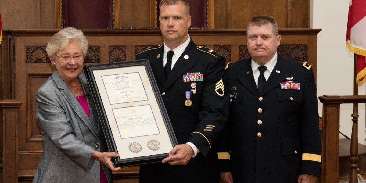 AL corrections officer honored after saving warden during prison riot