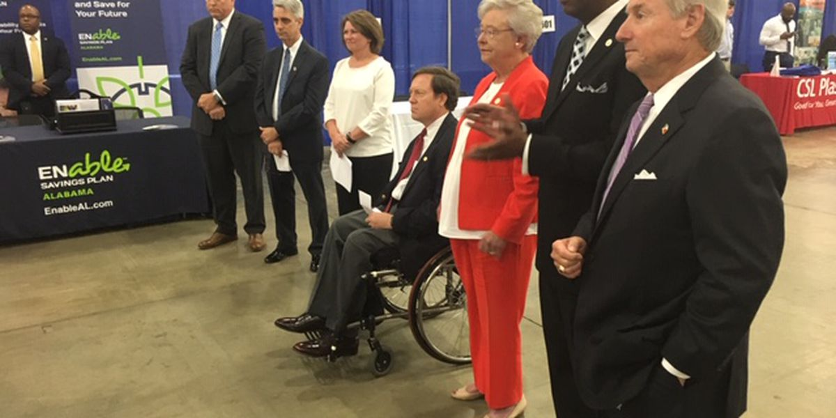 Those with disabilities find hope at governor's jobs fair