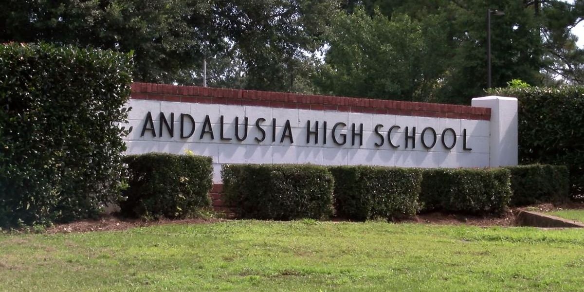 Lawsuit accuses Andalusia coach, principal of sexual misconduct with student