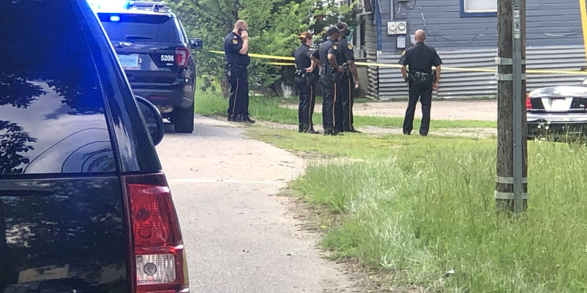 Man dead after Saturday afternoon shooting, suspect in custody