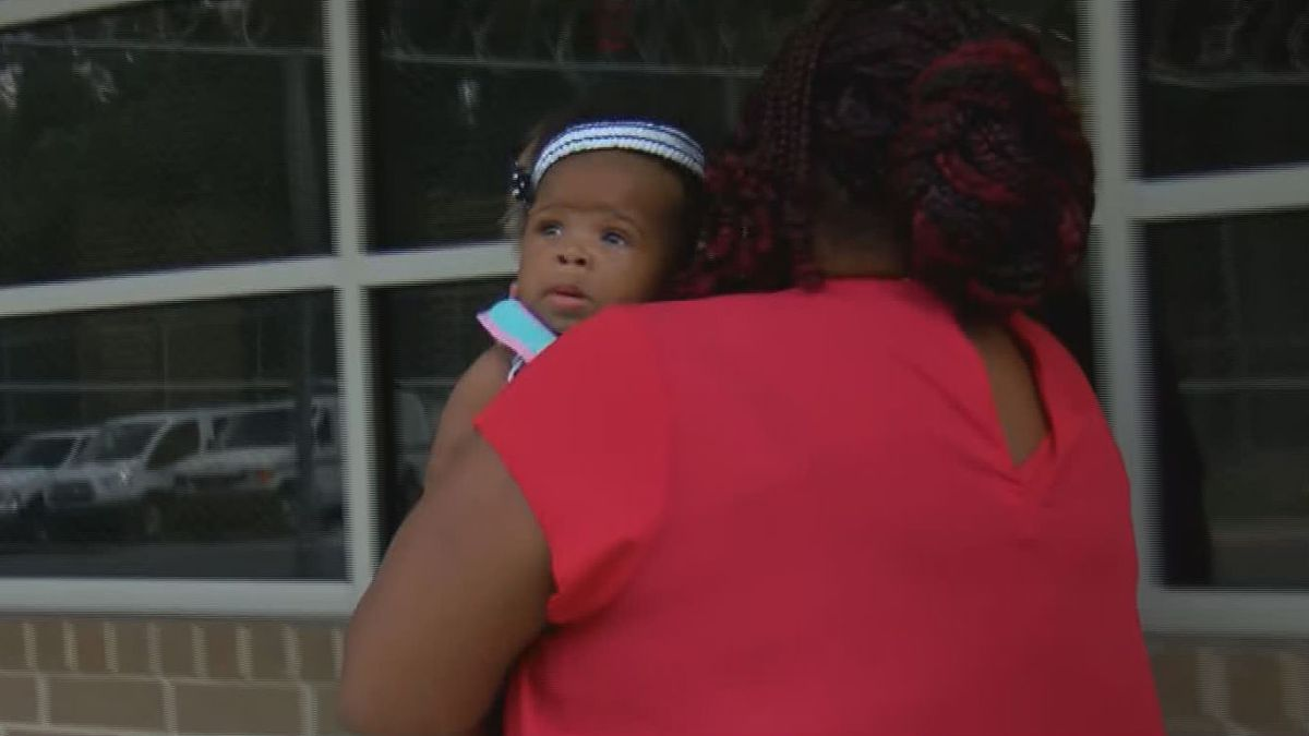Abducted Bladen County, N.C. baby found alive at bus stop; mother in custody