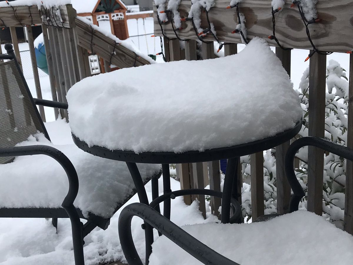 """Parts of Iowa get thumped by nearly 10"""" of """"unexpected"""" snow"""