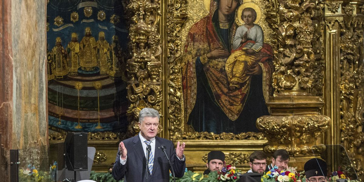 The Latest: Ukraine Orthodox OKs break with Russian church