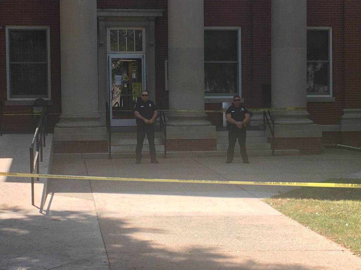 Jackson County courthouse closed following shooting