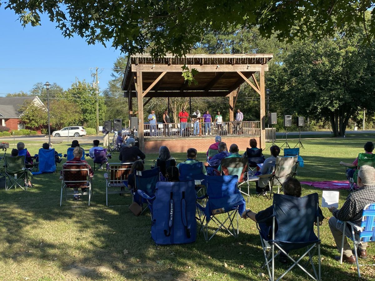 Millbrook churches hold joint outdoor service