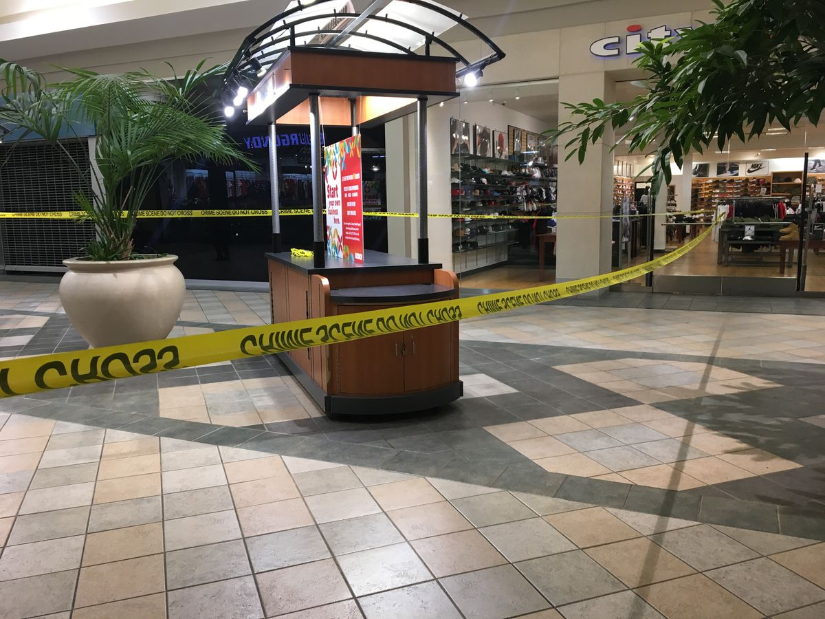 Shooting at Eastdale Mall injures 1