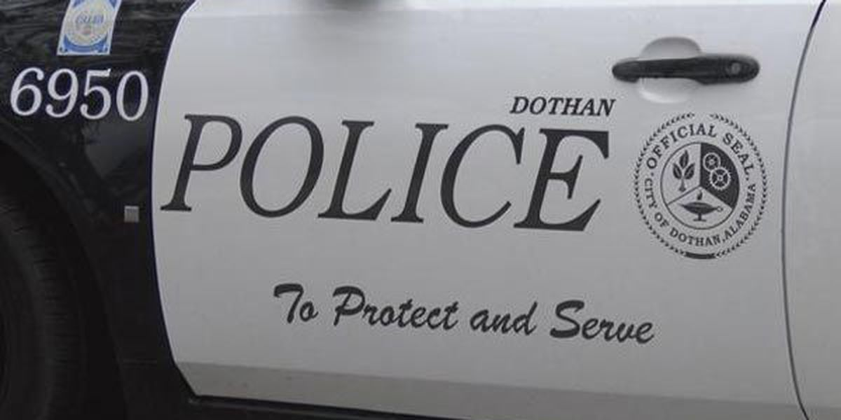 Dothan chief: Blogger allegations of officer evidence planting are false