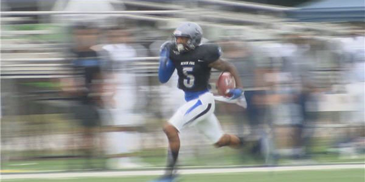 Faulkner improves to 2-0 in conference play after 35-13 win