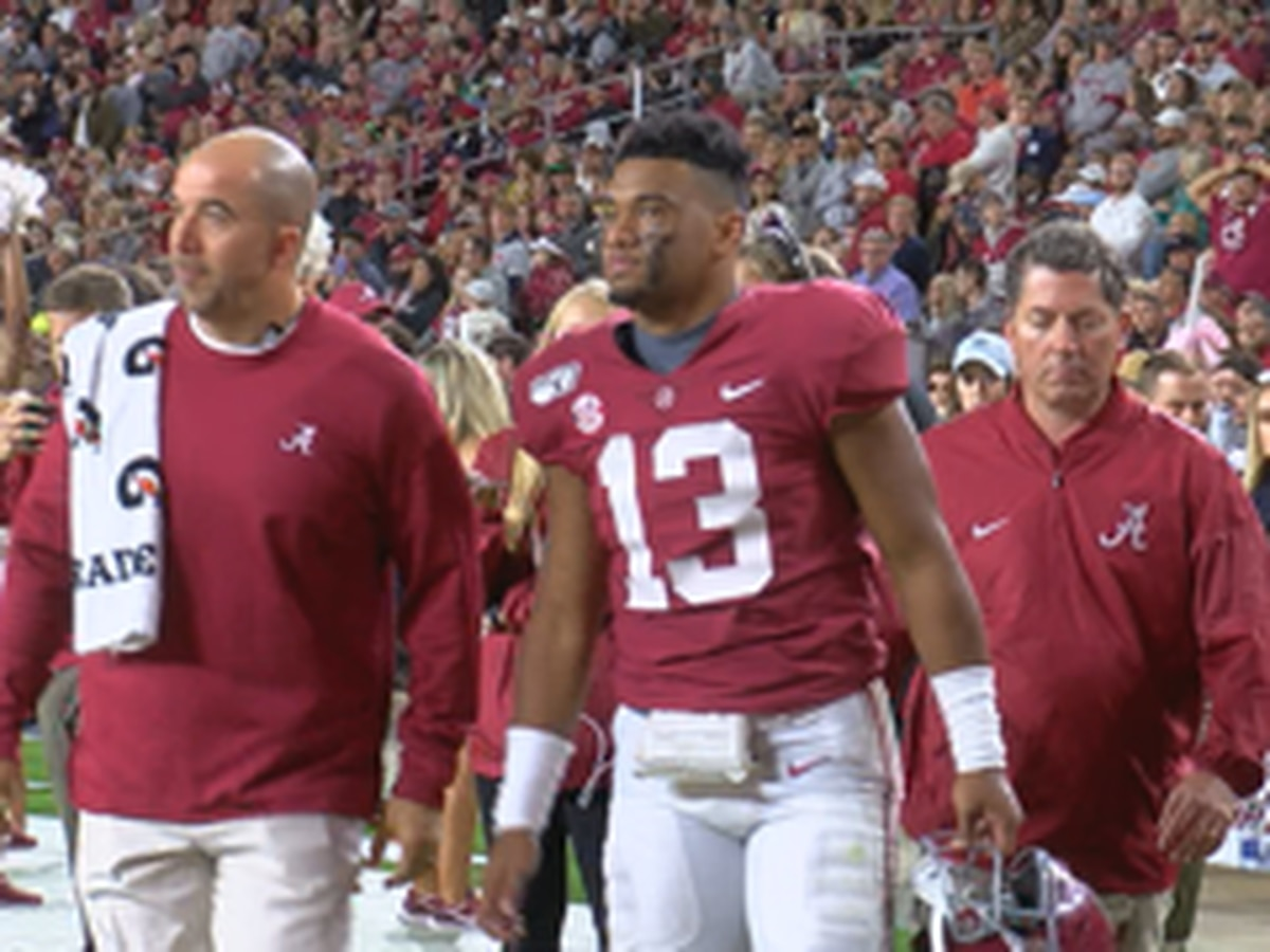Alabama QB Tua Tagovailoa suffers ankle injury, out for 2nd half vs. Tennessee