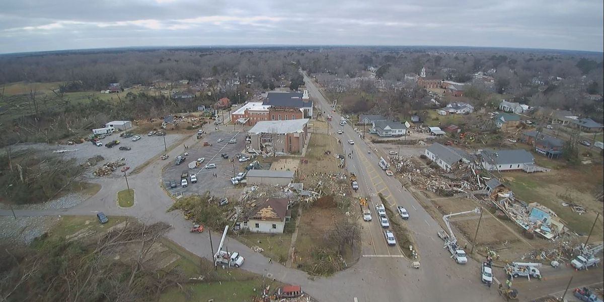 'Wetumpka Strong' sums up determination nearly a week after tornado
