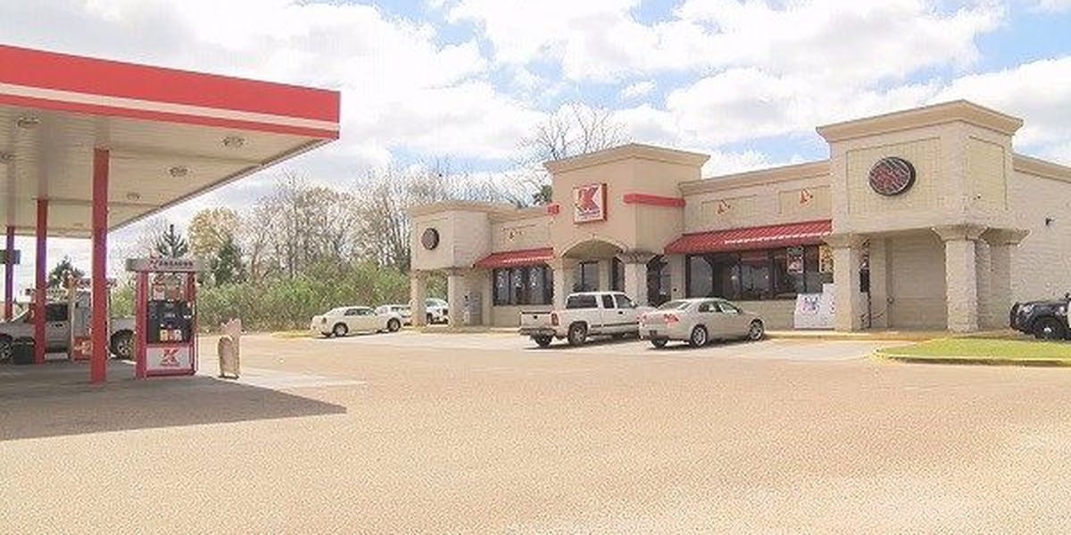 6 sought after Dothan convenience store robbed