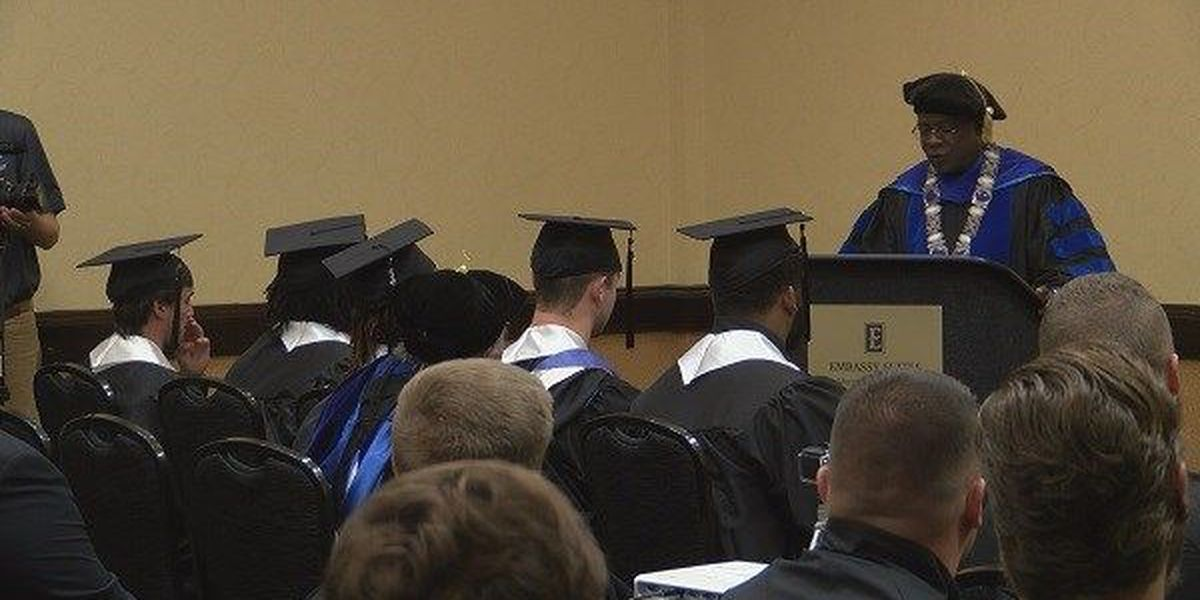 Middle Tennessee holds special graduation ceremony for 5 players