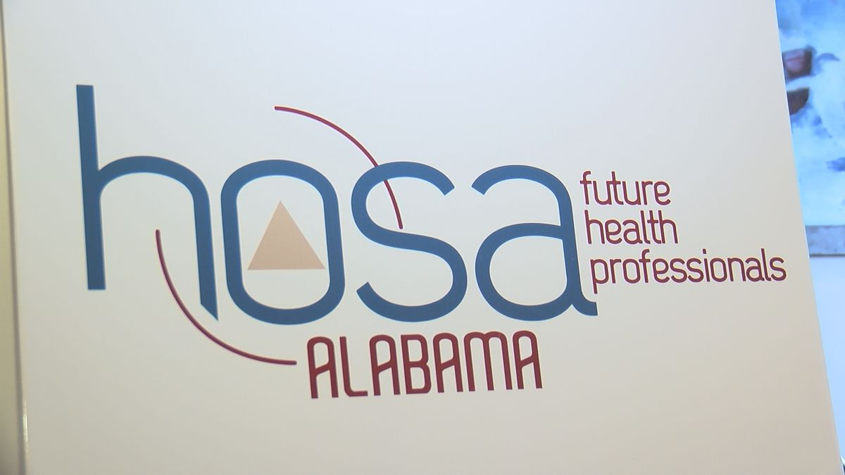 Future doctors in Montgomery for conference