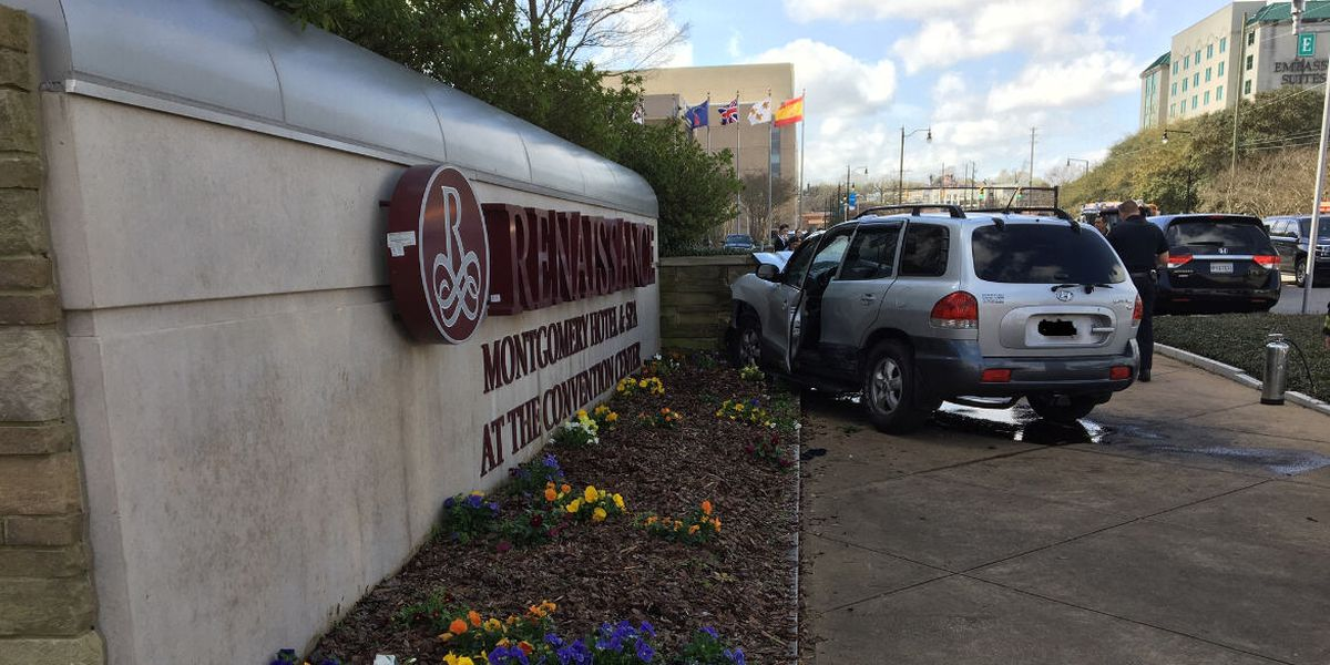 Vehicle crashes into Montgomery's Renaissance Hotel sign