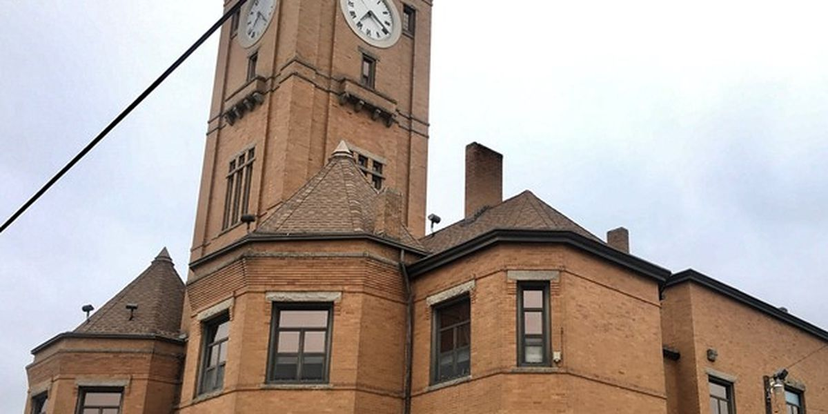 Sanitized Macon County Courthouse, annex reopen after COVID-19 case