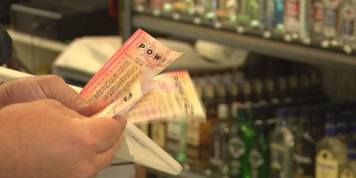 Alabamians head to Florida for lottery tickets