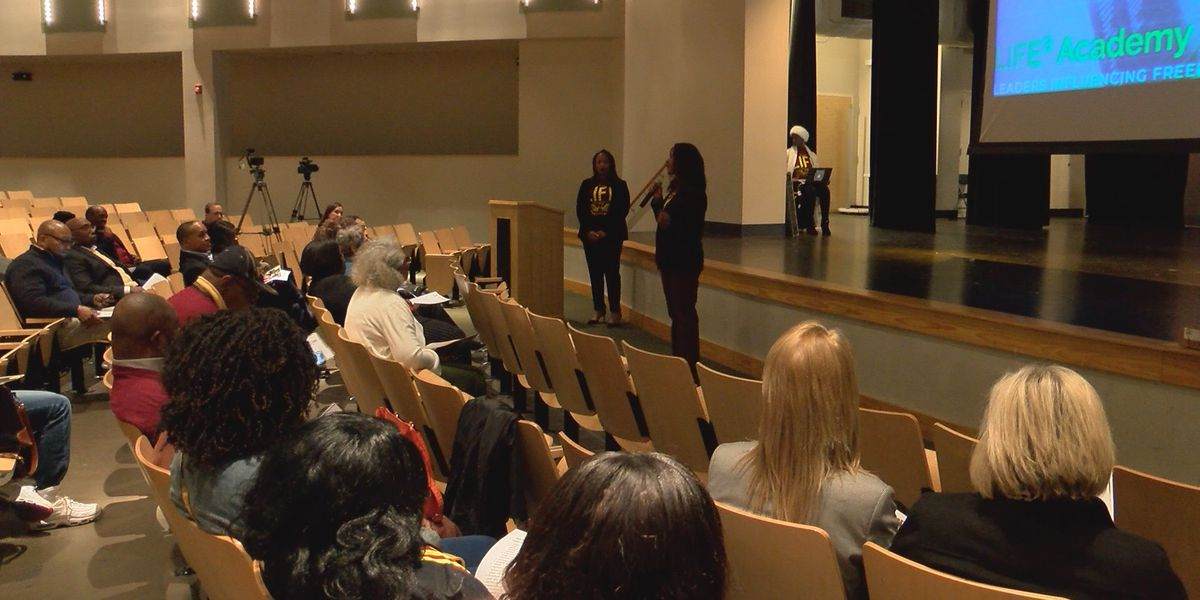 Community expresses support for new proposed charter school
