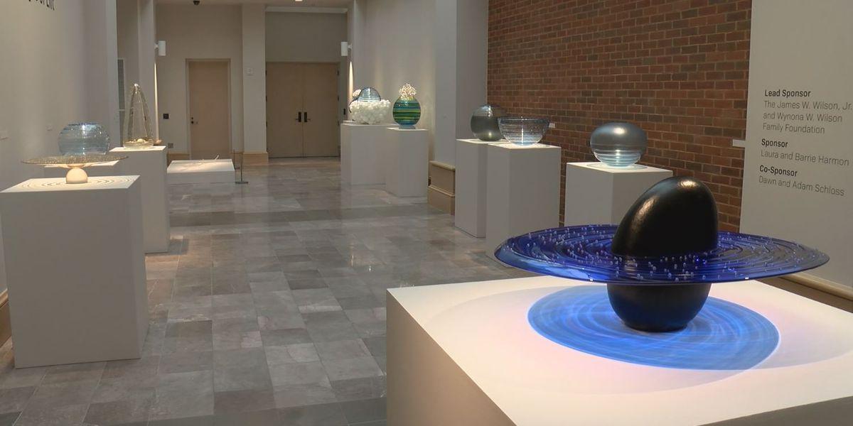 Glass art exhibit opens at Montgomery Museum of Fine Arts