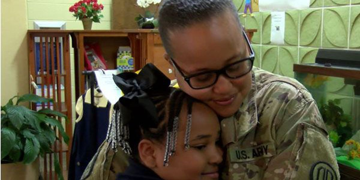 Soldier returns home from Kuwait, surprises daughter