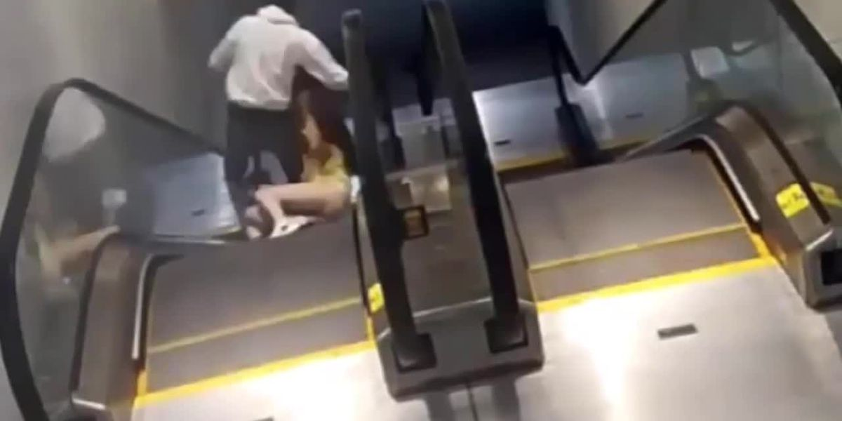 RAW: Purse-snatcher drags woman down escalator at Houston mall