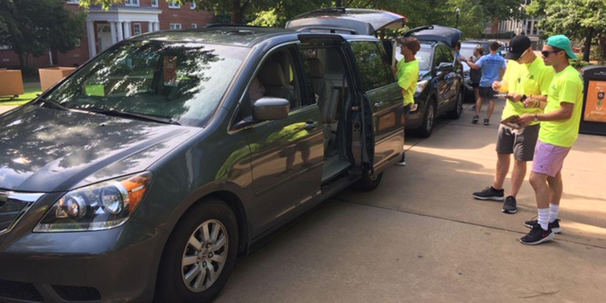 Big move-in day for Auburn University freshmen