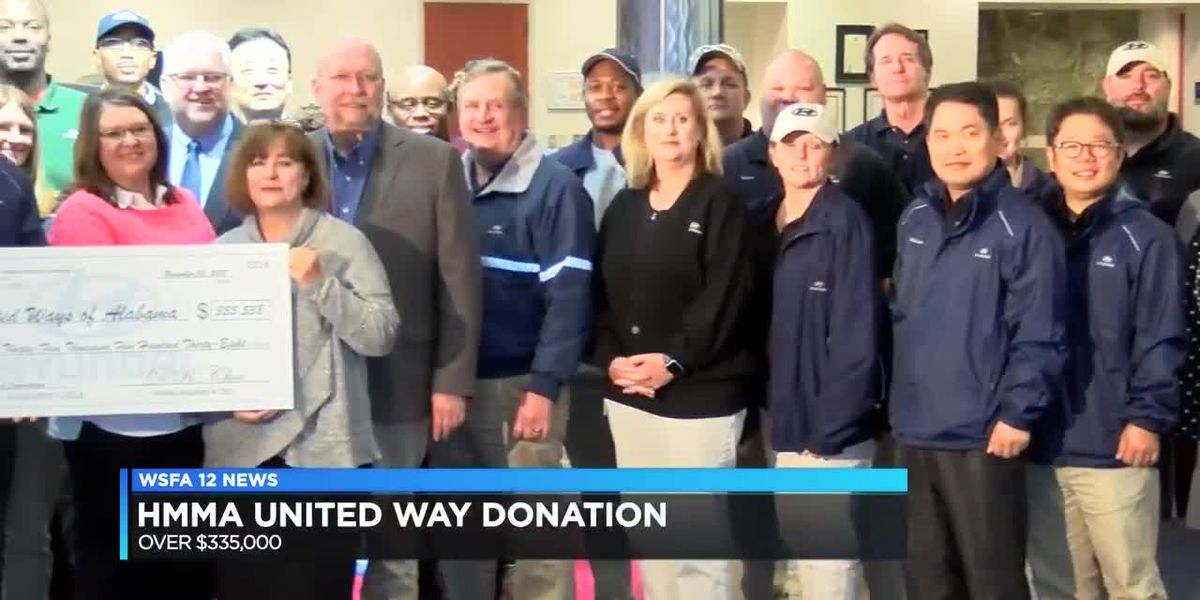 Hyundai donates large check to United Way