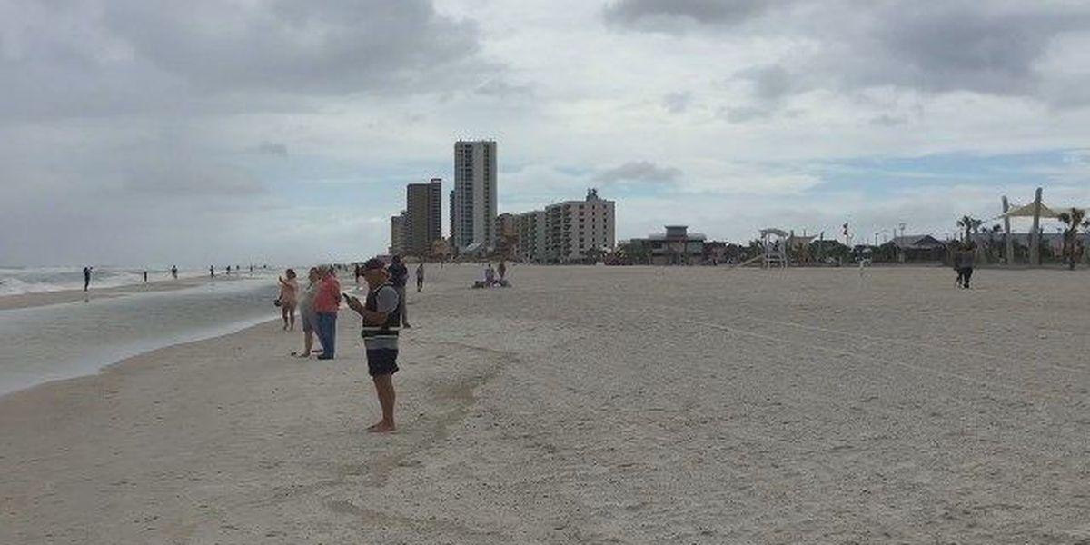 Alabama bans smoking on public beach