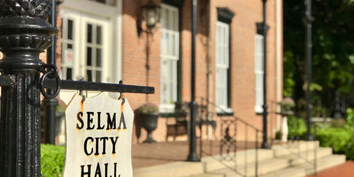 Selma mayor signs order requiring face mask use