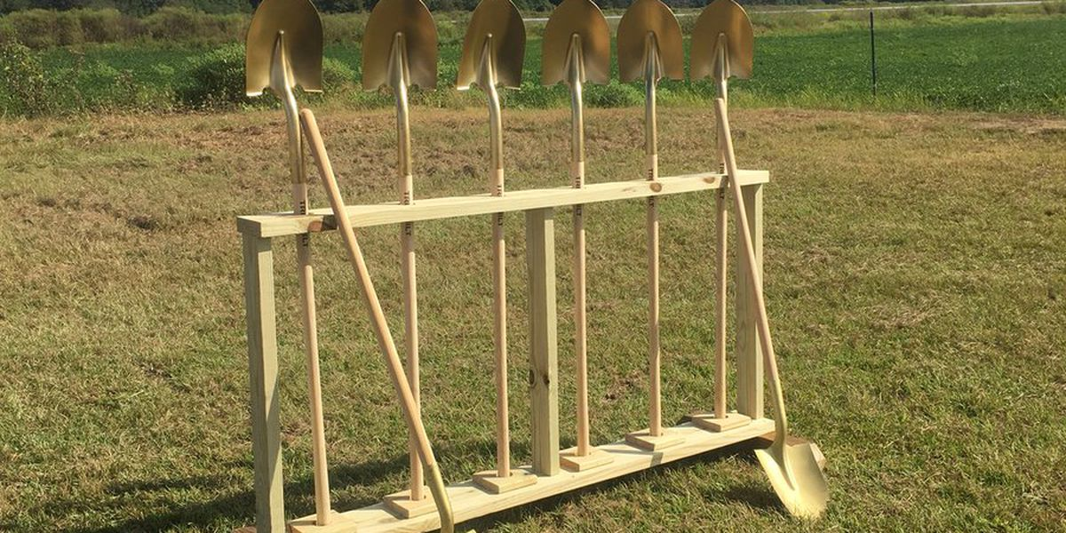 Headland Municipal Airport breaks ground on new taxiway
