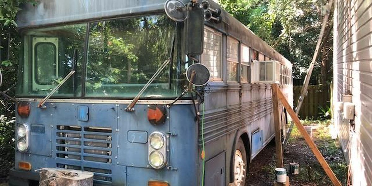 Big Blue 'Airbnb Bus' towed from Montgomery property