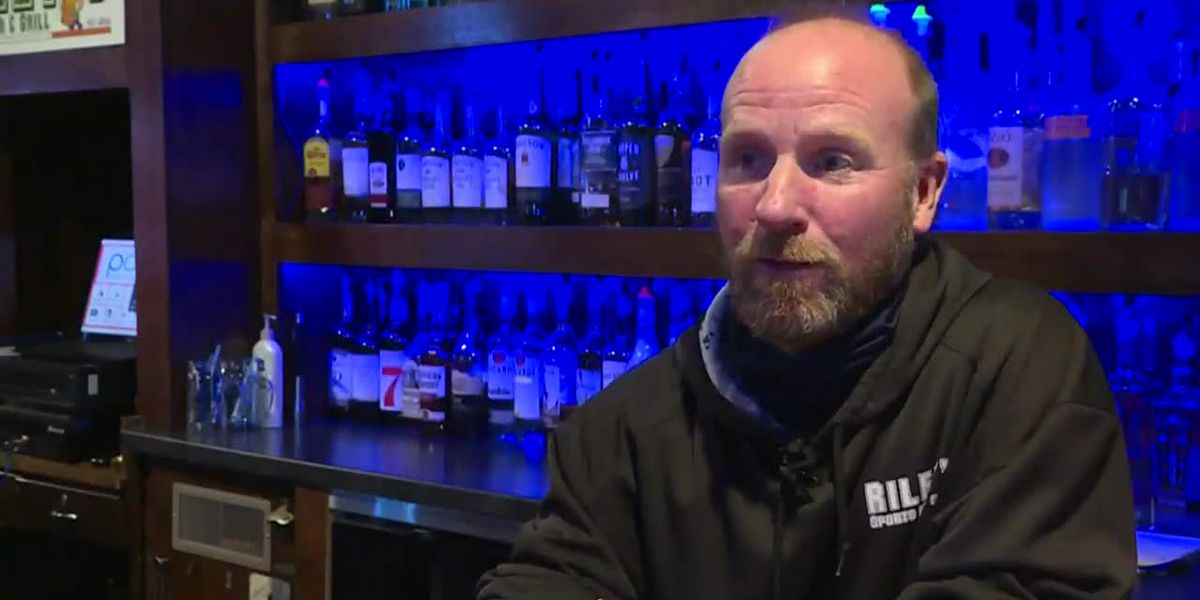 Bar owners unhappy as Wisconsin reinstates 25% capacity limit due to virus surge