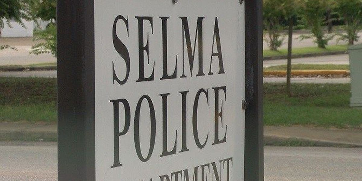 Selma police officers demand more pay in letter, city responds