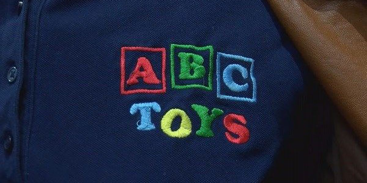 """Local toy stores doing well amid Toys """"R"""" Us bankruptcy"""