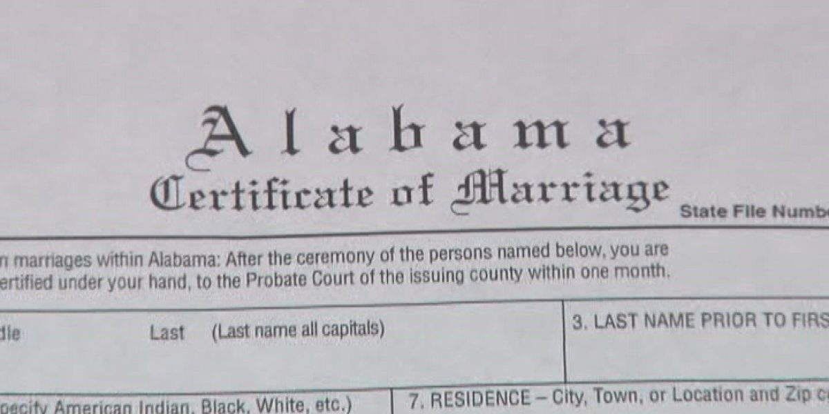 Senate approves move to eliminate marriage licenses