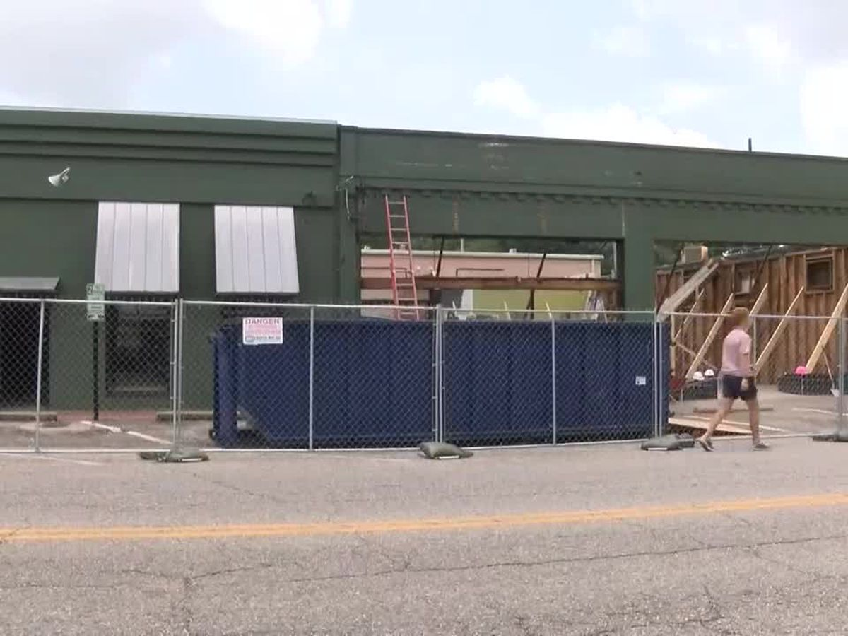 Work being done on deteriorating property on East Fairview Avenue